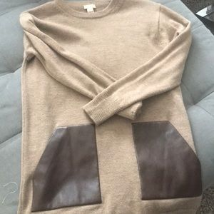 long sleeve sweater with faux leather pockets